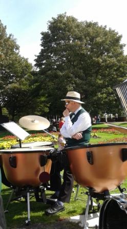 Pensive percussion